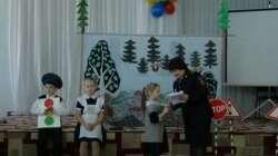По удостоверению – в маленькие ручки. Первоклассников кизильской школы посвятили в пешеходы