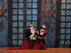 Хрустальная туфелька и русский перепляс. В Кизильском Доме творчества состоялась премьера костюмированного мюзикла