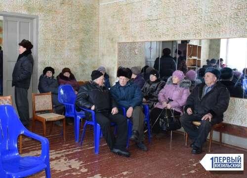 Мусор преткновения. В Гранитном на сходе встретились селяне и представитель ЦКС