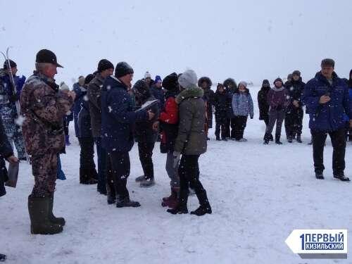 Все на лыжню! В Уральском прошла эстафета среди школьников