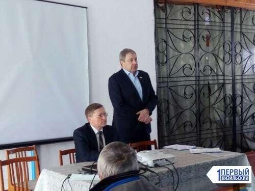 Тема одна — предстоящие выборы. Бахметьев наведался с агитацией в Кизильский район