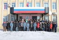 «Мы ждем вас живыми и здоровыми». Кизильские полицейские отправились в командировку в Дагестан